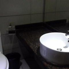 Отель Zhongshan Tianhong Hotel Китай, Чжуншань - отзывы, цены и фото номеров - забронировать отель Zhongshan Tianhong Hotel онлайн ванная фото 2