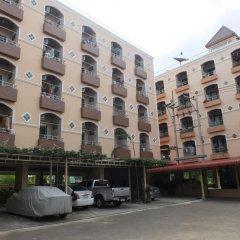 Отель Kunakorn Place парковка