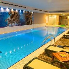 Отель Holiday Inn Istanbul Sisli бассейн фото 3