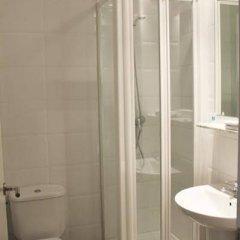 Отель Residencia de estudiantes Onix ванная
