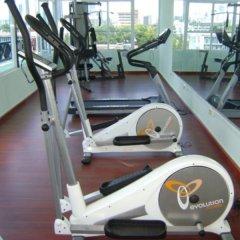 Hotel Bahia Suites фитнесс-зал