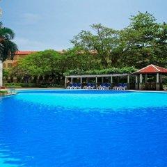 Отель Waterfront Suites Phuket by Centara с домашними животными