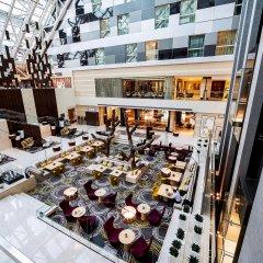 Отель Oryx Rotana балкон