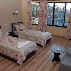 Отель Trekkers Inn Непал, Покхара - отзывы, цены и фото номеров - забронировать отель Trekkers Inn онлайн комната для гостей фото 4