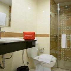 Отель Zen Rooms Ratchaprarop Бангкок ванная