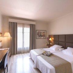 Отель Pirineos комната для гостей фото 4