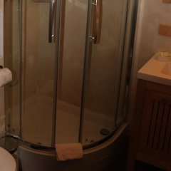 Отель Metropolitain Франция, Париж - отзывы, цены и фото номеров - забронировать отель Metropolitain онлайн ванная фото 2