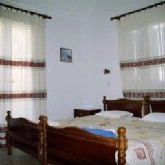 Makis Hotel комната для гостей