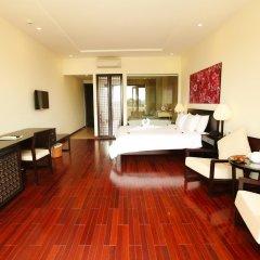 Отель Thanh Binh Riverside Hoi An сейф в номере