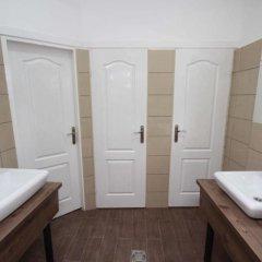 Отель Belgrade Modern Hostel Сербия, Белград - отзывы, цены и фото номеров - забронировать отель Belgrade Modern Hostel онлайн ванная фото 2