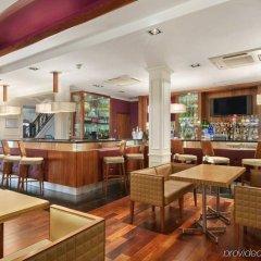 Отель Edinburgh Grosvenor Эдинбург гостиничный бар