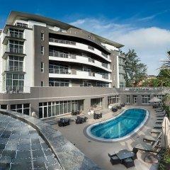 Отель The George бассейн