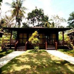 Отель Banraya Resort and Spa бассейн