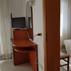 Отель Ceccarini 9 Италия, Риччоне - отзывы, цены и фото номеров - забронировать отель Ceccarini 9 онлайн удобства в номере