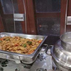 Отель Unique Wild Resort Непал, Саураха - отзывы, цены и фото номеров - забронировать отель Unique Wild Resort онлайн питание