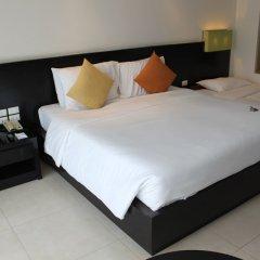 Отель APSARA Beachfront Resort and Villa сейф в номере