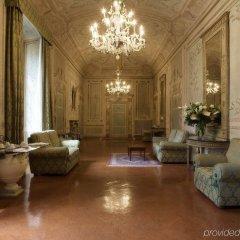 Отель Palazzo Magnani Feroni, All Suite - Residenza D'Epoca интерьер отеля