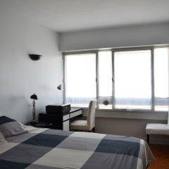 Апартаменты Top Floor 1 Bedroom Apartment Near Gare de Lyon комната для гостей фото 3