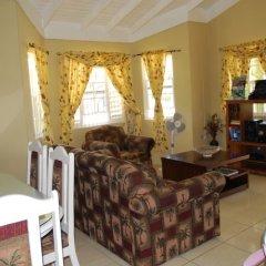 Отель Palm View At The Emerald Estate Gated Ямайка, Монастырь - отзывы, цены и фото номеров - забронировать отель Palm View At The Emerald Estate Gated онлайн интерьер отеля фото 2