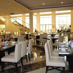 Отель Grand East Hotel - Resort & Spa Dead Sea Иордания, Сваймех - отзывы, цены и фото номеров - забронировать отель Grand East Hotel - Resort & Spa Dead Sea онлайн питание фото 3