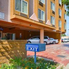 Отель Value Inn Worldwide-LAX парковка