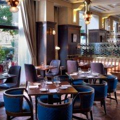 Four Seasons Hotel Gresham Palace Budapest гостиничный бар