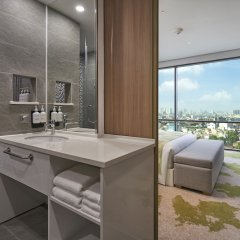 Holiday Inn Hotel And Suites Saigon Airport ванная фото 2