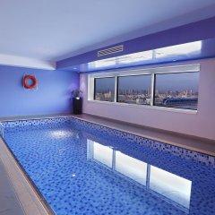 Отель Ramada Plaza ОАЭ, Дубай - 6 отзывов об отеле, цены и фото номеров - забронировать отель Ramada Plaza онлайн бассейн фото 3