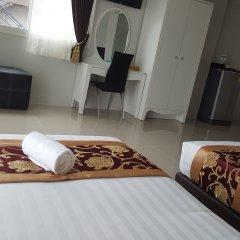 Отель Retreat By The Tree Pattaya в номере