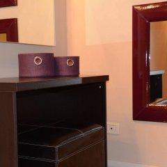 Отель Villa Giotto сейф в номере