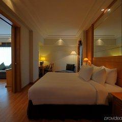 Отель Crowne Plaza Abu Dhabi комната для гостей