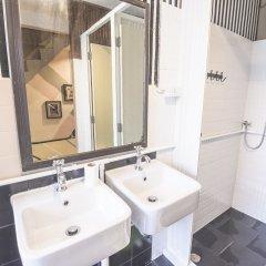 Bharani Hostel Бангкок ванная фото 2