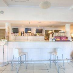 Ferretti Beach Hotel гостиничный бар