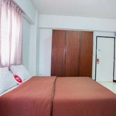Отель Nida Rooms Narathivas 2888 Residence At Living Nara Place Бангкок комната для гостей фото 5