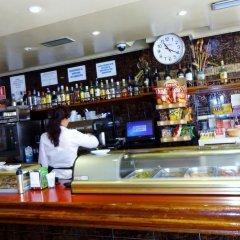 Hotel Can-Vic гостиничный бар