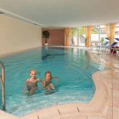 Отель Kronhof Италия, Горнолыжный курорт Ортлер - отзывы, цены и фото номеров - забронировать отель Kronhof онлайн бассейн