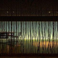 Отель Maya Kuala Lumpur Малайзия, Куала-Лумпур - 6 отзывов об отеле, цены и фото номеров - забронировать отель Maya Kuala Lumpur онлайн бассейн фото 2