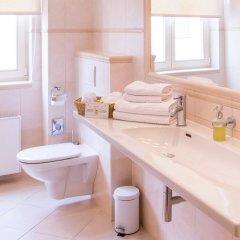 Отель Unitas Hotel Чехия, Прага - 9 отзывов об отеле, цены и фото номеров - забронировать отель Unitas Hotel онлайн ванная фото 2
