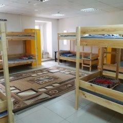 Гостиница Hostel Mors в Тюмени 1 отзыв об отеле, цены и фото номеров - забронировать гостиницу Hostel Mors онлайн Тюмень комната для гостей фото 2