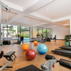The Bayview Hotel Pattaya фитнесс-зал