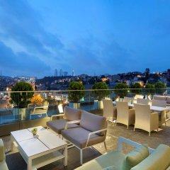 DoubleTree by Hilton Hotel Istanbul - Piyalepasa Турция, Стамбул - 3 отзыва об отеле, цены и фото номеров - забронировать отель DoubleTree by Hilton Hotel Istanbul - Piyalepasa онлайн гостиничный бар