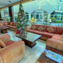Отель Sharjah Premiere Hotel & Resort ОАЭ, Шарджа - отзывы, цены и фото номеров - забронировать отель Sharjah Premiere Hotel & Resort онлайн интерьер отеля фото 3
