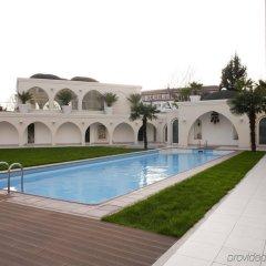 Holiday Inn Istanbul City Турция, Стамбул - отзывы, цены и фото номеров - забронировать отель Holiday Inn Istanbul City онлайн бассейн