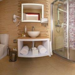Отель Be Poet Baixa Hotel Португалия, Лиссабон - отзывы, цены и фото номеров - забронировать отель Be Poet Baixa Hotel онлайн ванная