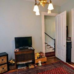 Отель Historic Capitol Stay Steps To World Power 5 Bedroom Home Вашингтон удобства в номере фото 2