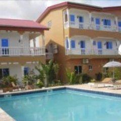Отель Hilary Hotel Республика Конго, Пойнт-Нуар - отзывы, цены и фото номеров - забронировать отель Hilary Hotel онлайн бассейн фото 3