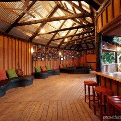 Отель Mantaray Island Resort гостиничный бар