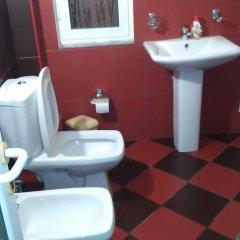 Artur Hotel Берат ванная