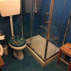Отель B&B Villa Prisiclla Италия, Чинизи - отзывы, цены и фото номеров - забронировать отель B&B Villa Prisiclla онлайн ванная