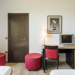 Отель ILUNION Calas De Conil Испания, Кониль-де-ла-Фронтера - отзывы, цены и фото номеров - забронировать отель ILUNION Calas De Conil онлайн удобства в номере фото 2